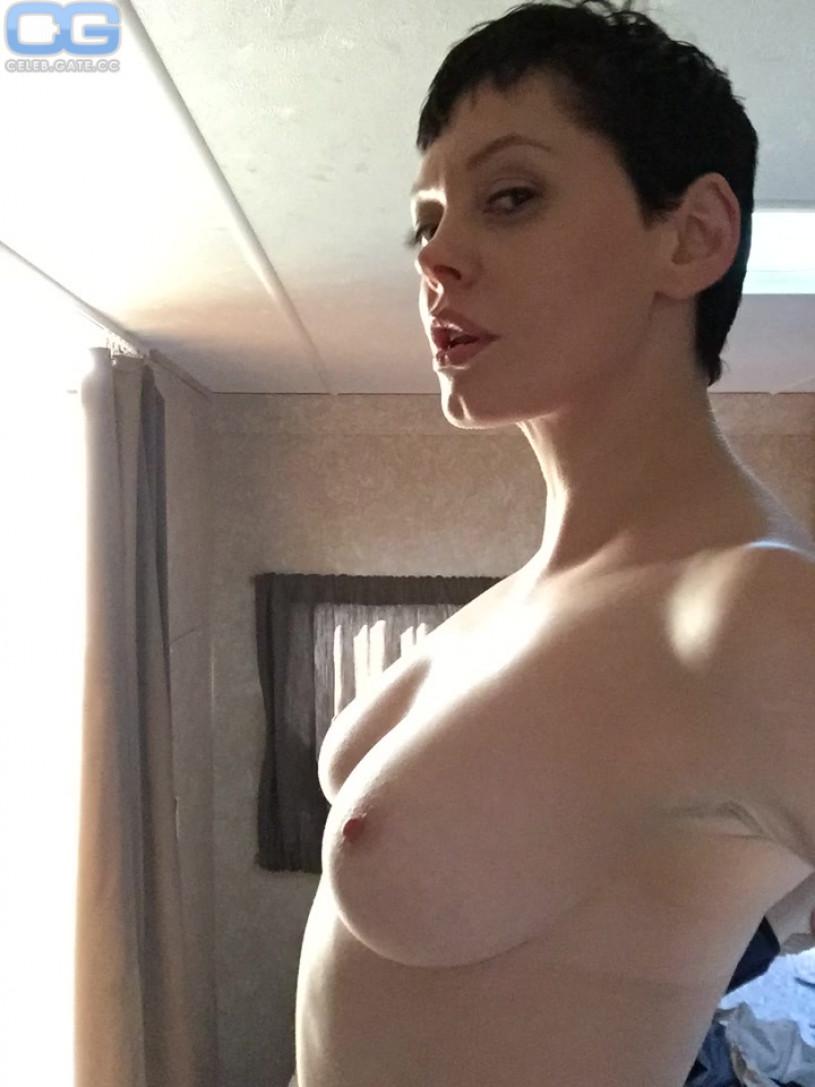 Rose McGowan naked pics