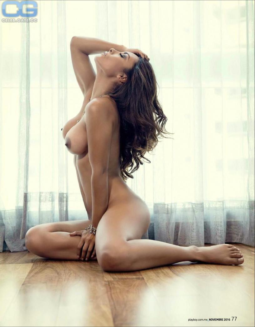 Babe nude samantha naked storm brasilian transexual