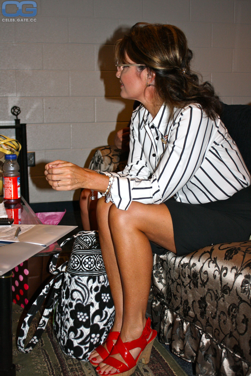 Topless Sarah Palin nude (74 photo), Topless, Is a cute, Feet, braless 2020