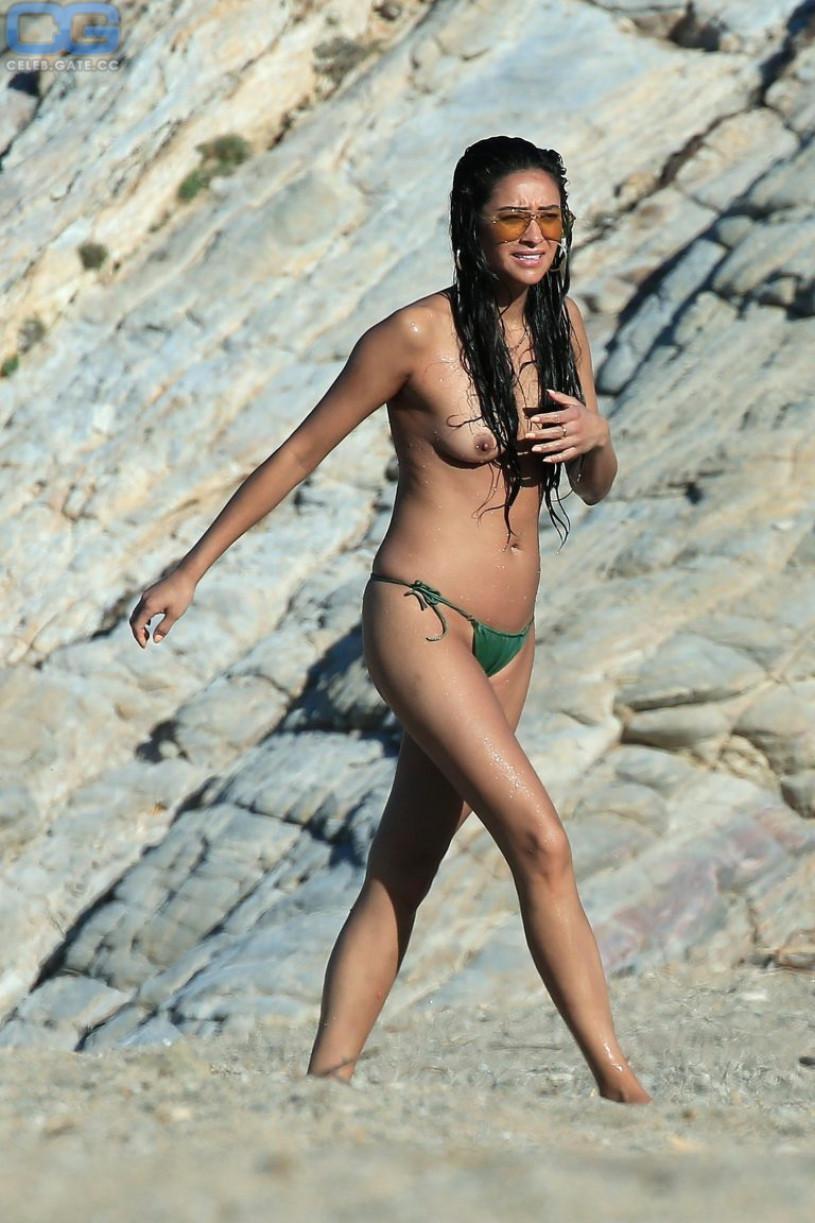 nude fakes mitchell Shay