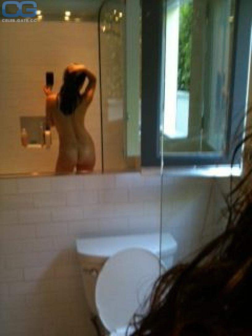 Shiri Appleby nude iphone leak
