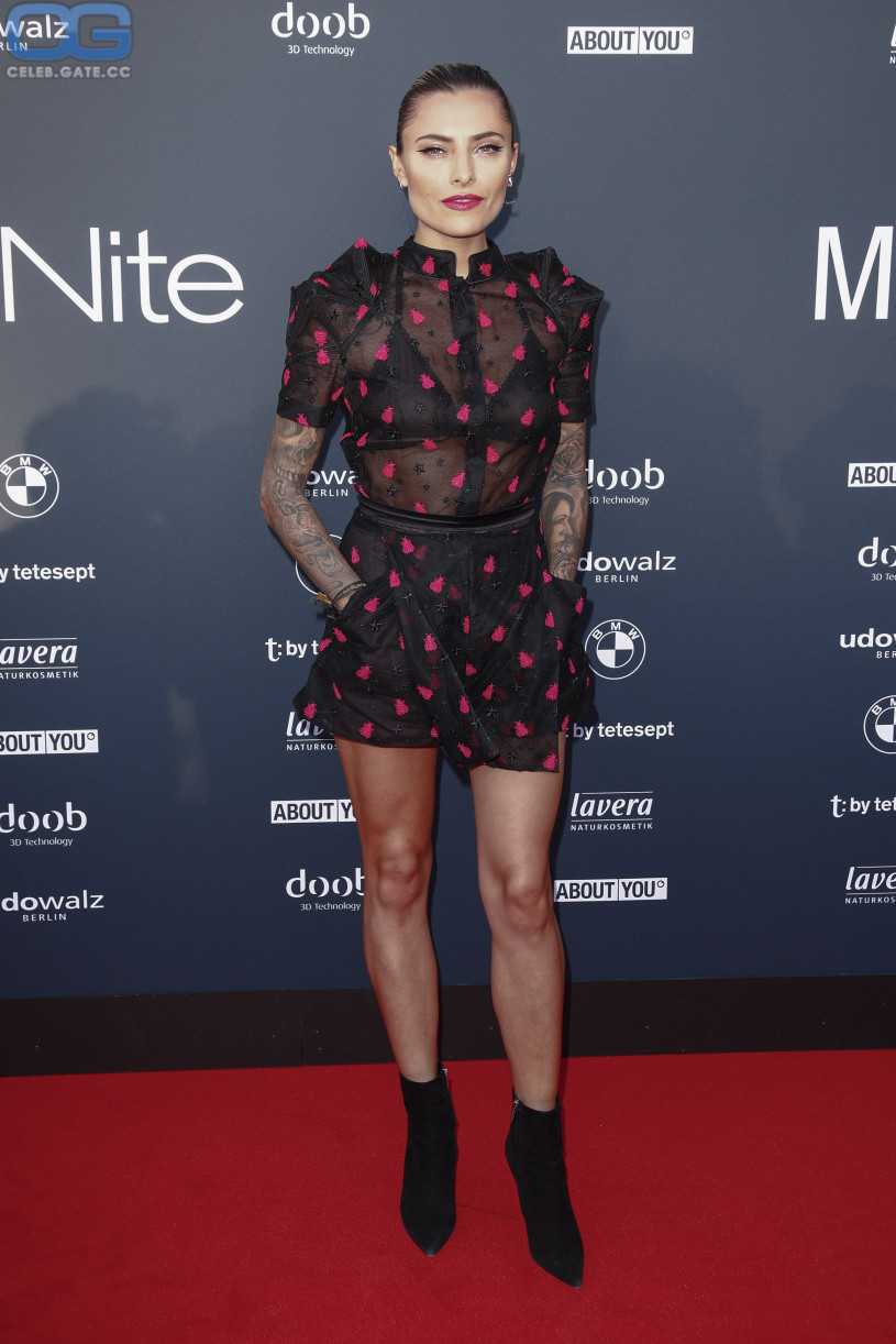 Sophia Thomalla see through