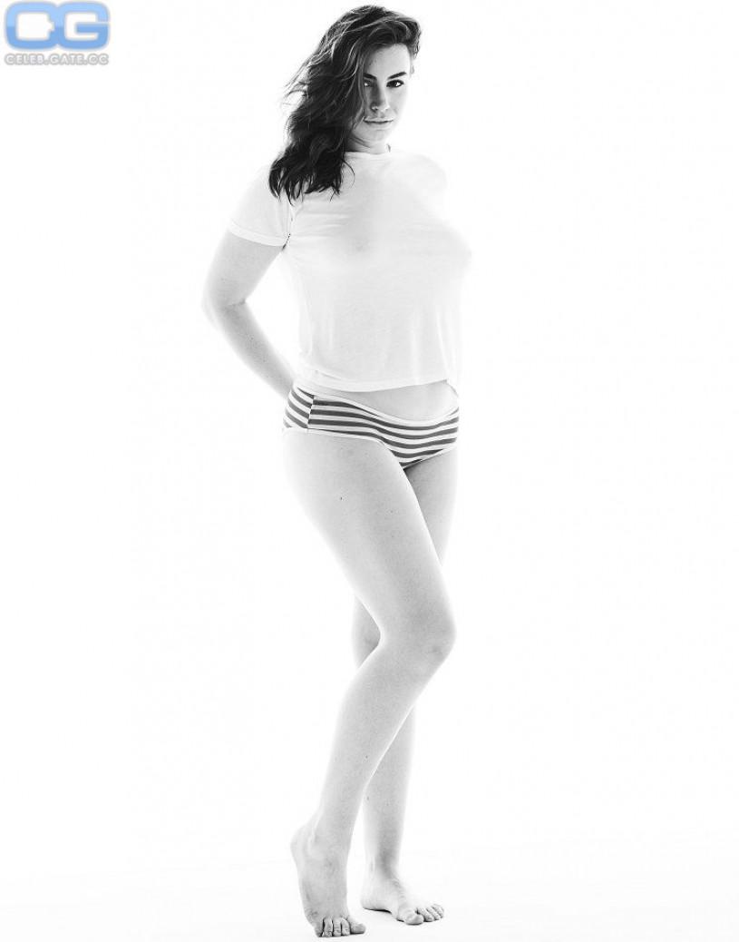 Sophie Simmons braless