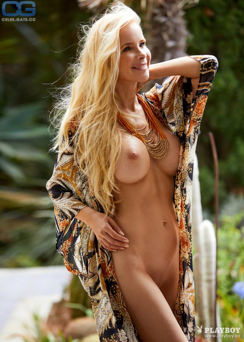 Stars Nackt Bilder Videos