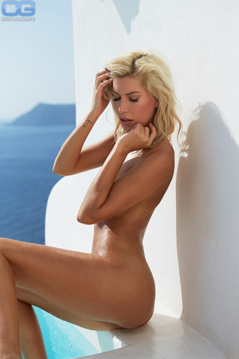 tanya roberts in nude
