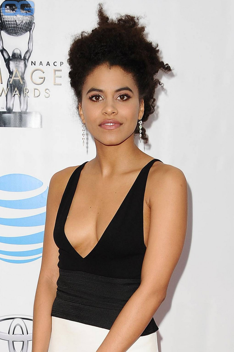 Bikini Topless Zazie Beetz naked photo 2017