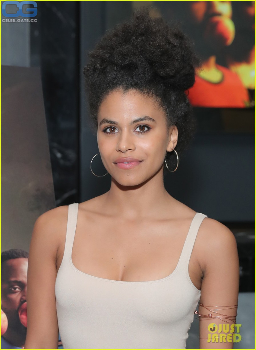 Topless Zazie Beetz naked (13 photo), Ass, Is a cute, Boobs, braless 2006